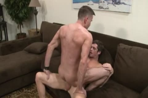 pretty daddy males barebacking.