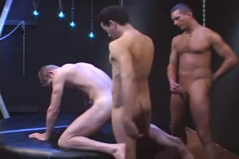 PISSING AND banging AT THE SAME TIME