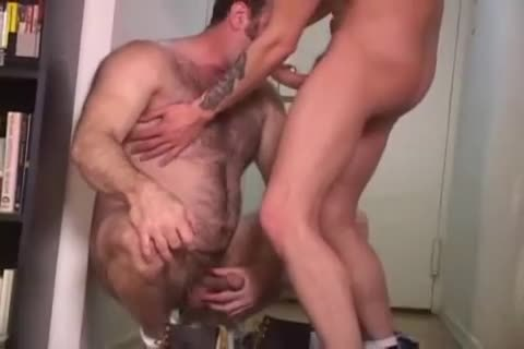 Licking arsehole previous to Penetration