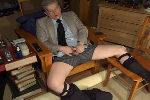 Silver Daddy Is Dressed To Masturbate