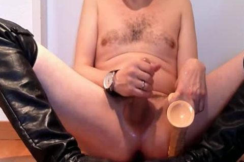 Jerking Wearing black Over-knee High-heels With fake cock And Cumming
