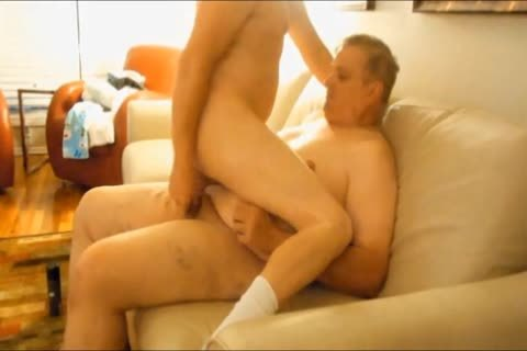 I Like Getting banged By chubby boyz. I Like How They Use All Their Weight To Ram Their 10-Pounder In My wazoo