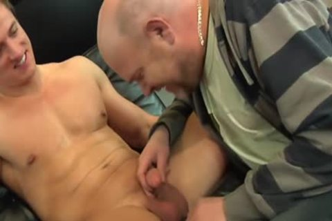 Muscled Euro ass Rimmed By Bearded older