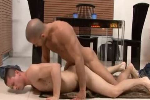 Austin Wilde drills Anthony Romero