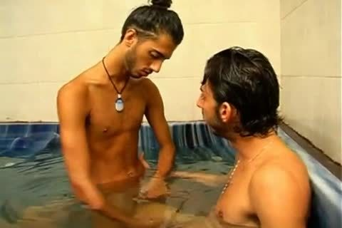 Jewish males Taking A bath And greater quantity
