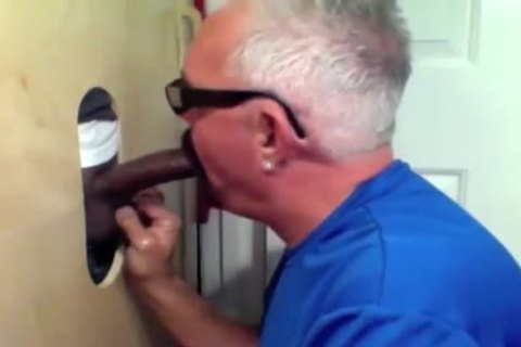 daddy boy Slobs All Over black penis At Glory hole