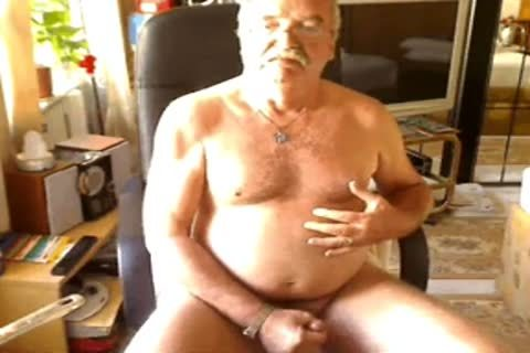 daddy chap spooge On cam