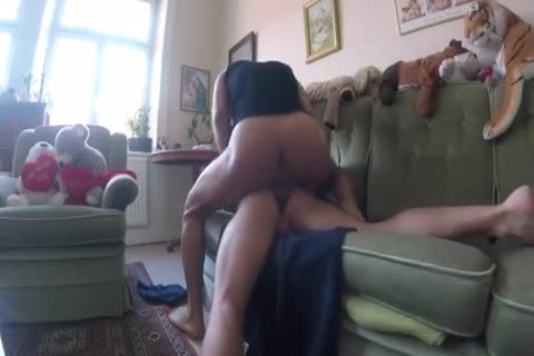 bare Sex In The Sofá & On The Floor  — Sess