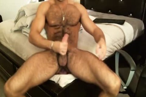 Hunk Sean Zevran toys His booty And Cums On cam