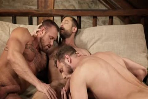Muscle homo trio With Creampie