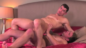 Commuters - Connor Maguire, Jeremy Spreadums ass Hook up