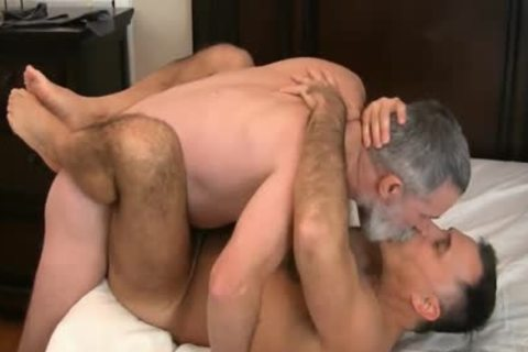 Older4Me - old Dads (Rex Sheerwood Barebacks Giovanni Rossi)
