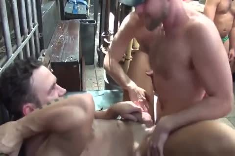 MusclePup Logan Moore gets bunch team-plowed Barebacked bone