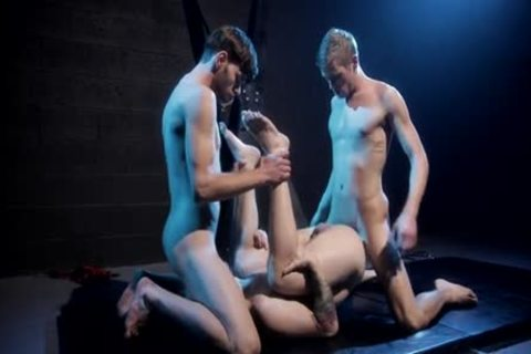 hammer Club - Dalton Briggs, Ty Thomas & Scotty Zee bare