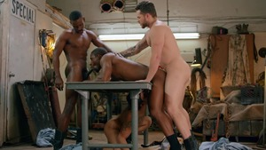 Tom Of Finland: Service Station: bareback - Ricky Roman & River Wilson American Nail