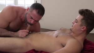 FamilyDick.com - Bishop Angus jerking Charlie Pattinson