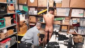 YoungPerps: Attractive Mike Maverick enforcement in the store