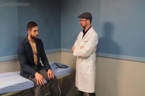 gay Sex : Davin In Hypnotist Therapy (worship Muscle)