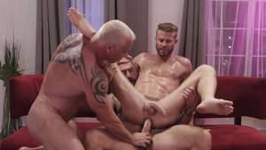 IconMale.com - Link Parker uncover huge cock