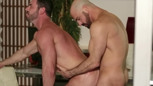 IconMale.com - Muscled Billy Santoro blowjob cum in office