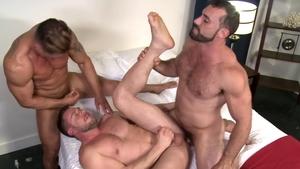 Extra Big Dicks - Gay Hans Berlin condom threesome
