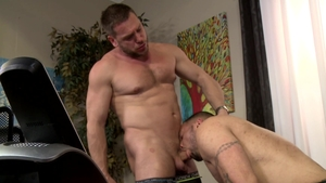 Men Over 30: Hans Berlin have fun with gay Julian Knowles