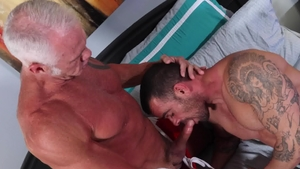 MenOver30.com - Pierced Dallas Steele bareback facial