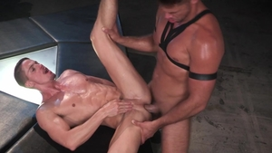 HotHouse.com: Fingering with Skyy Knox & Tyler Roberts